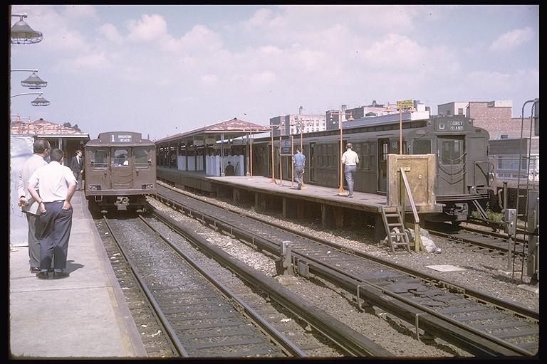 (137k, 768x512)<br><b>Country:</b> United States<br><b>City:</b> New York<br><b>System:</b> New York City Transit<br><b>Line:</b> BMT Brighton Line<br><b>Location:</b> Kings Highway <br><b>Route:</b> Fan Trip<br><b>Car:</b> BMT D-Type Triplex 6019 <br><b>Photo by:</b> Doug Grotjahn<br><b>Collection of:</b> Joe Testagrose<br><b>Date:</b> 9/20/1970<br><b>Viewed (this week/total):</b> 5 / 3851