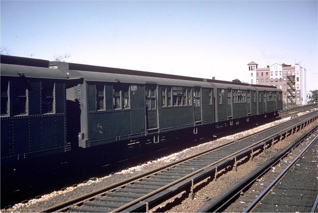 (217k, 1024x687)<br><b>Country:</b> United States<br><b>City:</b> New York<br><b>System:</b> New York City Transit<br><b>Line:</b> BMT Brighton Line<br><b>Location:</b> Avenue U <br><b>Route:</b> Q<br><b>Car:</b> BMT D-Type Triplex 6019 <br><b>Collection of:</b> Joe Testagrose<br><b>Date:</b> 10/1964<br><b>Viewed (this week/total):</b> 4 / 3328