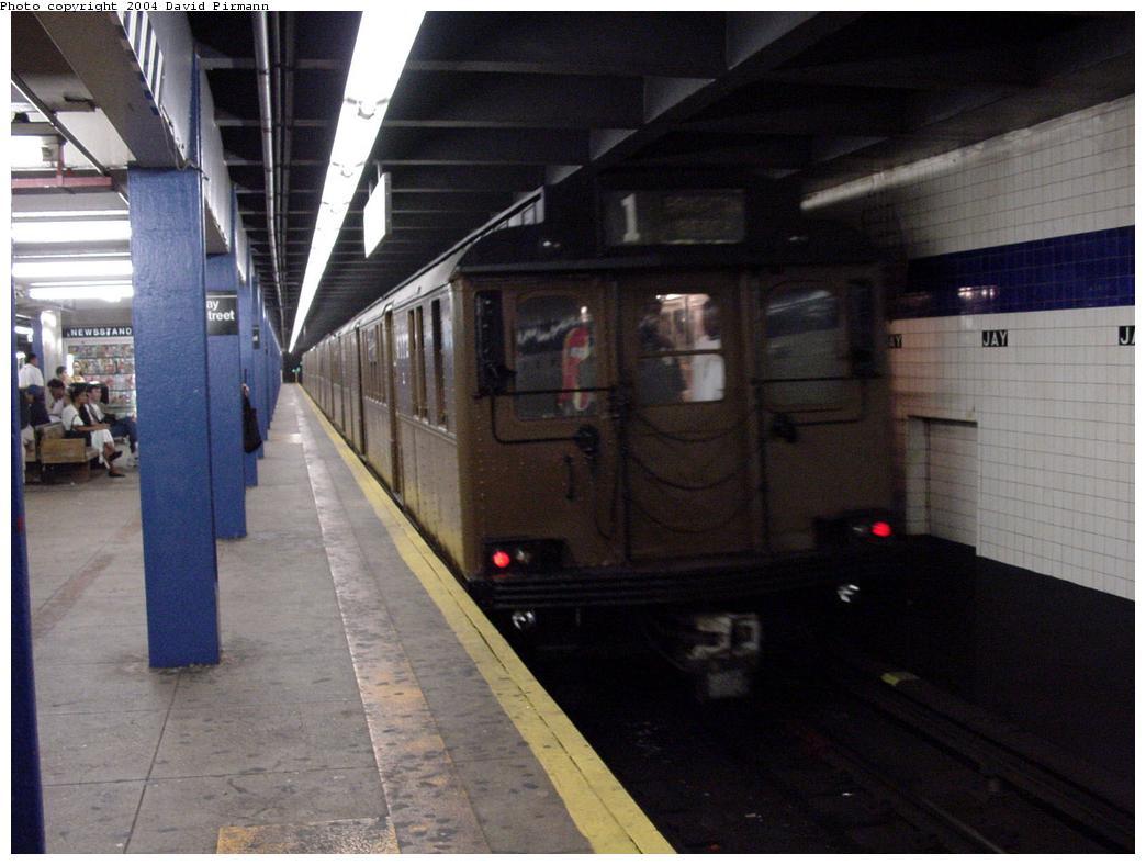 (107k, 1044x788)<br><b>Country:</b> United States<br><b>City:</b> New York<br><b>System:</b> New York City Transit<br><b>Line:</b> IND 8th Avenue Line<br><b>Location:</b> Jay St./Metrotech (Borough Hall) <br><b>Route:</b> Fan Trip<br><b>Car:</b> BMT D-Type Triplex 6019 <br><b>Photo by:</b> David Pirmann<br><b>Date:</b> 6/18/2000<br><b>Viewed (this week/total):</b> 0 / 8067