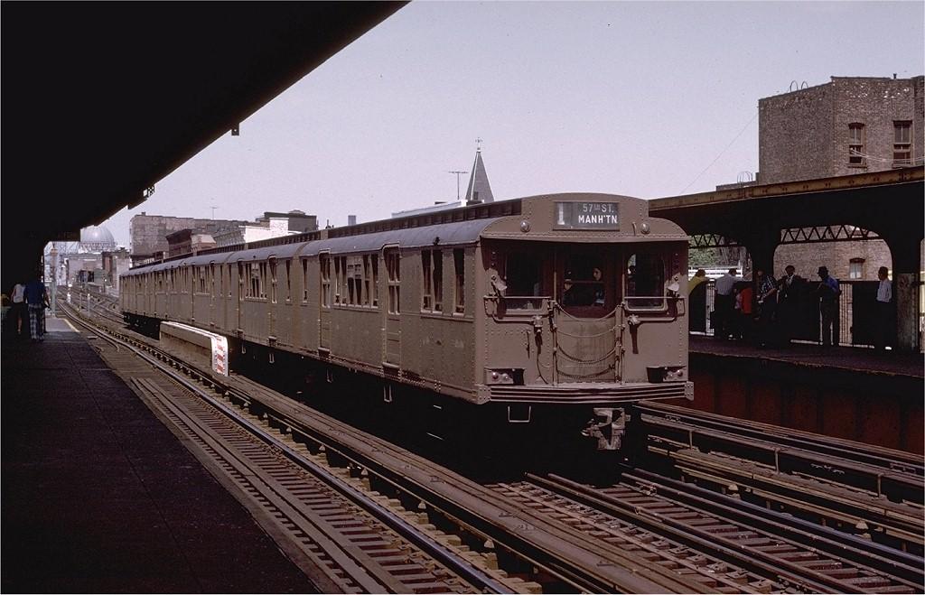 (191k, 1024x659)<br><b>Country:</b> United States<br><b>City:</b> New York<br><b>System:</b> New York City Transit<br><b>Line:</b> BMT Nassau Street/Jamaica Line<br><b>Location:</b> Hewes Street <br><b>Route:</b> Fan Trip<br><b>Car:</b> BMT D-Type Triplex 6095 <br><b>Photo by:</b> Joe Testagrose<br><b>Date:</b> 6/22/1975<br><b>Viewed (this week/total):</b> 0 / 3205