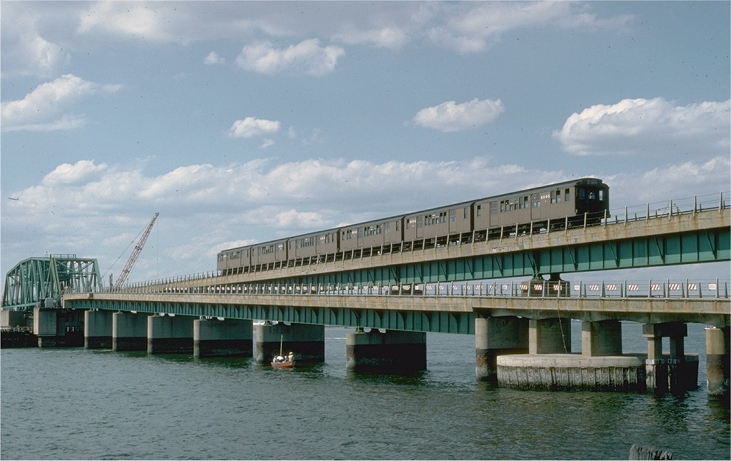 (171k, 1024x646)<br><b>Country:</b> United States<br><b>City:</b> New York<br><b>System:</b> New York City Transit<br><b>Line:</b> IND Rockaway<br><b>Location:</b> South Channel Bridge <br><b>Route:</b> Fan Trip<br><b>Car:</b> BMT D-Type Triplex 6095 <br><b>Photo by:</b> Steve Zabel<br><b>Collection of:</b> Joe Testagrose<br><b>Date:</b> 6/19/1977<br><b>Viewed (this week/total):</b> 0 / 4109