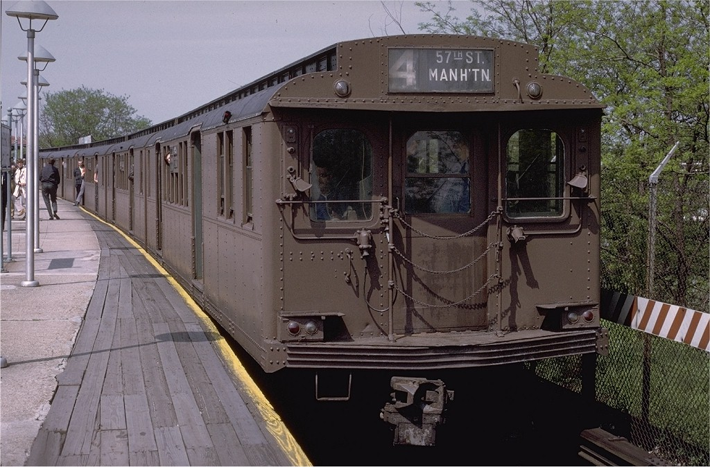 (231k, 1024x674)<br><b>Country:</b> United States<br><b>City:</b> New York<br><b>System:</b> New York City Transit<br><b>Line:</b> BMT Brighton Line<br><b>Location:</b> Sheepshead Bay <br><b>Route:</b> Fan Trip<br><b>Car:</b> BMT D-Type Triplex 6095 <br><b>Photo by:</b> Joe Testagrose<br><b>Date:</b> 5/18/1975<br><b>Viewed (this week/total):</b> 1 / 3594