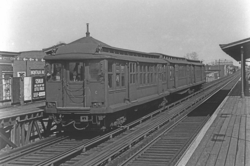 (217k, 1024x683)<br><b>Country:</b> United States<br><b>City:</b> New York<br><b>System:</b> New York City Transit<br><b>Line:</b> BMT Fulton<br><b>Location:</b> Montauk Avenue <br><b>Car:</b> BMT C 1511 <br><b>Collection of:</b> David Pirmann<br><b>Viewed (this week/total):</b> 3 / 3100