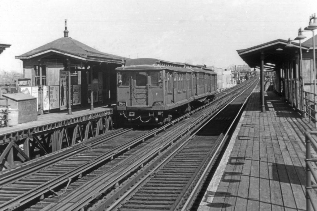 (239k, 1024x683)<br><b>Country:</b> United States<br><b>City:</b> New York<br><b>System:</b> New York City Transit<br><b>Line:</b> BMT Fulton<br><b>Location:</b> Linwood Street <br><b>Car:</b> BMT C  <br><b>Collection of:</b> David Pirmann<br><b>Viewed (this week/total):</b> 1 / 4607