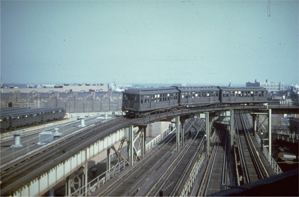 (167k, 1024x674)<br><b>Country:</b> United States<br><b>City:</b> New York<br><b>System:</b> New York City Transit<br><b>Line:</b> BMT Nassau Street/Jamaica Line<br><b>Location:</b> Broadway/East New York (Broadway Junction) <br><b>Car:</b> BMT C  <br><b>Collection of:</b> Joe Testagrose<br><b>Viewed (this week/total):</b> 3 / 6587