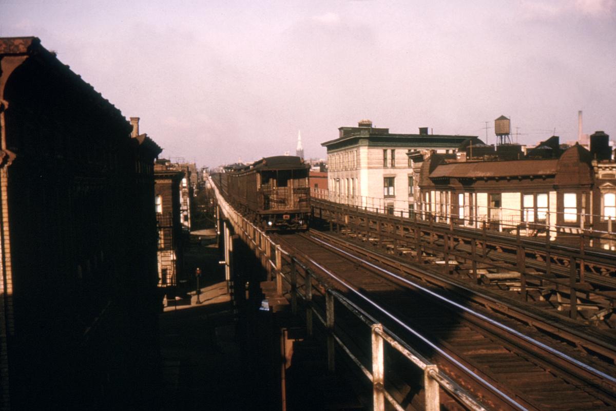 (435k, 1044x784)<br><b>Country:</b> United States<br><b>City:</b> New York<br><b>System:</b> New York City Transit<br><b>Line:</b> BMT Myrtle Avenue Line<br><b>Location:</b> Knickerbocker Avenue <br><b>Car:</b> BMT Elevated Gate Car  <br><b>Collection of:</b> David Pirmann<br><b>Viewed (this week/total):</b> 3 / 5716