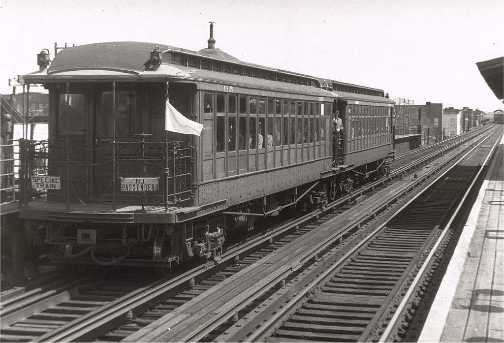 (218k, 1024x697)<br><b>Country:</b> United States<br><b>City:</b> New York<br><b>System:</b> New York City Transit<br><b>Line:</b> BMT Fulton<br><b>Location:</b> Crescent Street <br><b>Route:</b> Fan Trip<br><b>Car:</b> BMT Elevated Gate Car 1315/1382 <br><b>Collection of:</b> Joe Testagrose<br><b>Date:</b> 4/22/1956<br><b>Viewed (this week/total):</b> 1 / 2929