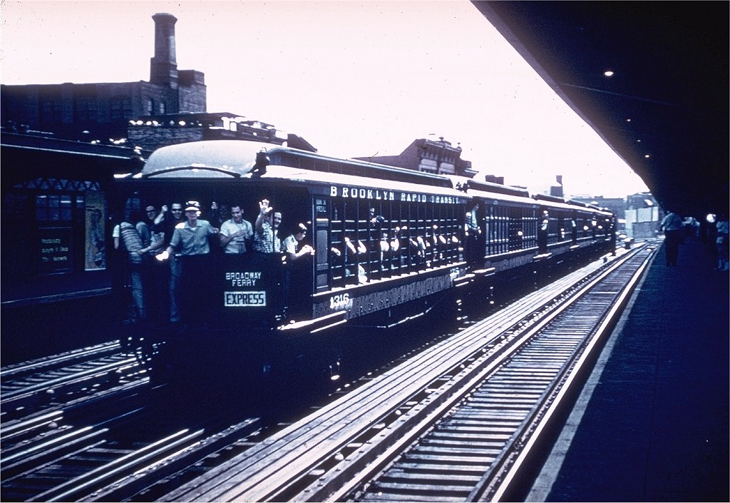 (222k, 1024x705)<br><b>Country:</b> United States<br><b>City:</b> New York<br><b>System:</b> New York City Transit<br><b>Line:</b> BMT Nassau Street/Jamaica Line<br><b>Location:</b> Hewes Street <br><b>Route:</b> Fan Trip<br><b>Car:</b> BMT Elevated Gate Car 1316 <br><b>Collection of:</b> Joe Testagrose<br><b>Date:</b> 6/29/1958<br><b>Notes:</b> Farewell to the Gate Cars fantrip<br><b>Viewed (this week/total):</b> 0 / 3132