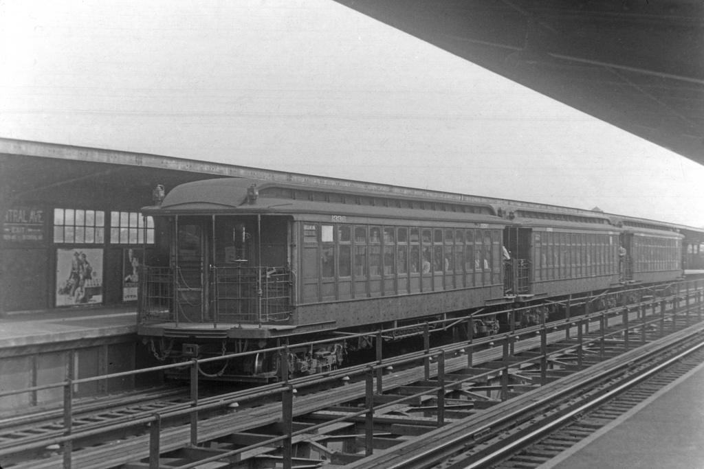 (264k, 1044x707)<br><b>Country:</b> United States<br><b>City:</b> New York<br><b>System:</b> New York City Transit<br><b>Line:</b> BMT Myrtle Avenue Line<br><b>Location:</b> Central Avenue <br><b>Car:</b> BMT Elevated Gate Car 1336 <br><b>Collection of:</b> David Pirmann<br><b>Viewed (this week/total):</b> 3 / 2640