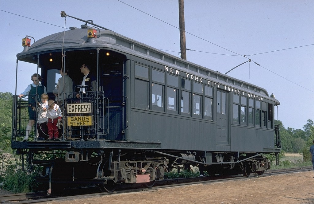(189k, 1024x664)<br><b>Country:</b> United States<br><b>City:</b> East Haven/Branford, Ct.<br><b>System:</b> Shore Line Trolley Museum<br><b>Car:</b> BMT Elevated Gate Car 659 <br><b>Photo by:</b> Doug Grotjahn<br><b>Collection of:</b> Joe Testagrose<br><b>Date:</b> 5/25/1968<br><b>Viewed (this week/total):</b> 4 / 9067