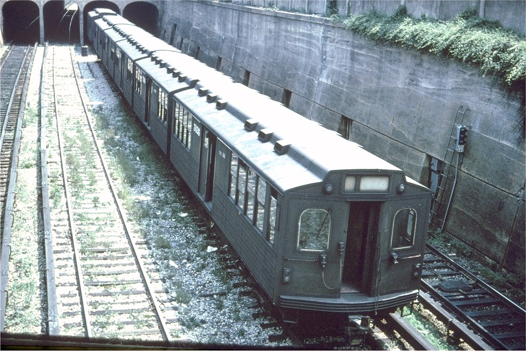(277k, 1024x684)<br><b>Country:</b> United States<br><b>City:</b> New York<br><b>System:</b> New York City Transit<br><b>Line:</b> BMT Sea Beach Line<br><b>Location:</b> 20th Avenue <br><b>Car:</b> BMT Multi 7026 <br><b>Collection of:</b> Joe Testagrose<br><b>Date:</b> 6/1961<br><b>Notes:</b> View from overpass near 20th Avenue<br><b>Viewed (this week/total):</b> 0 / 3336