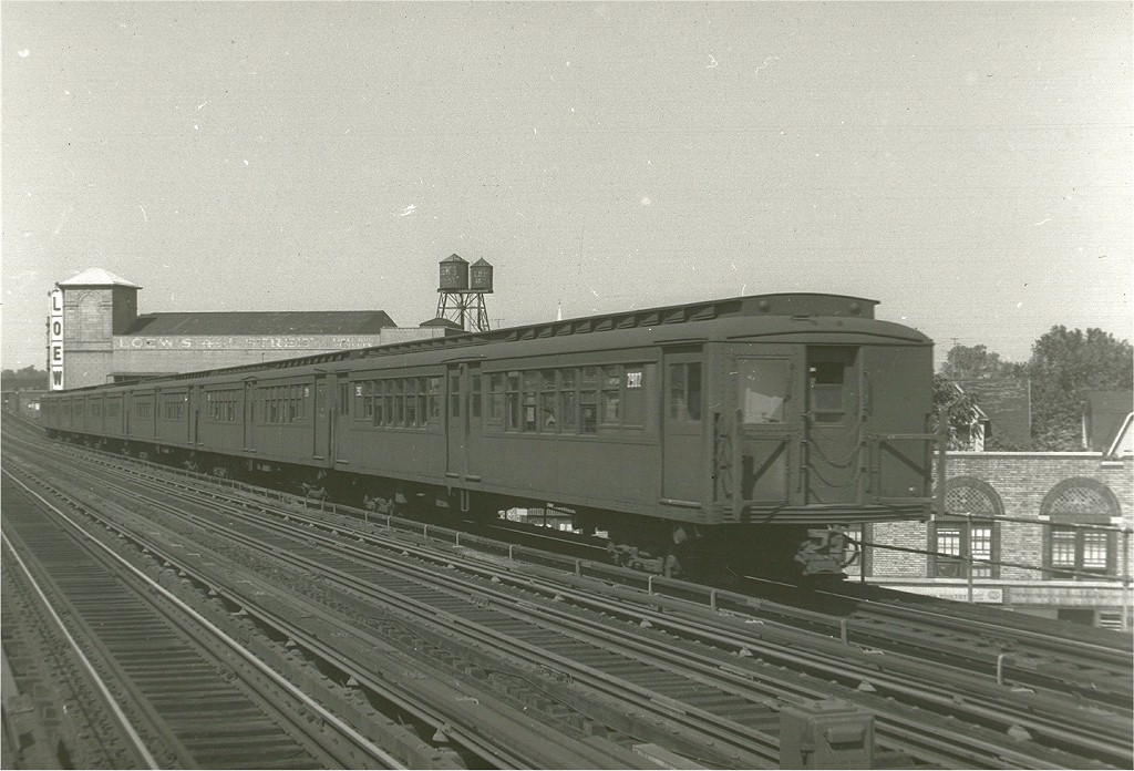 (202k, 1024x696)<br><b>Country:</b> United States<br><b>City:</b> New York<br><b>System:</b> New York City Transit<br><b>Line:</b> BMT West End Line<br><b>Location:</b> 50th Street <br><b>Car:</b> BMT-SIRT 2912 <br><b>Photo by:</b> Harry Pinsker<br><b>Date:</b> 9/2/1960<br><b>Viewed (this week/total):</b> 2 / 3353
