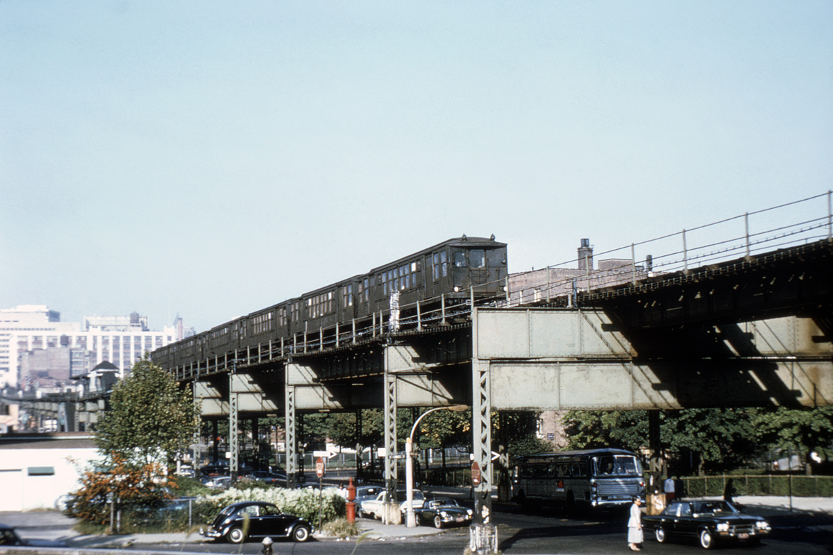 (338k, 1024x683)<br><b>Country:</b> United States<br><b>City:</b> New York<br><b>System:</b> New York City Transit<br><b>Line:</b> BMT Myrtle Avenue Line<br><b>Location:</b> Navy Street <br><b>Car:</b> BMT Q  <br><b>Collection of:</b> David Pirmann<br><b>Notes:</b> Navy St. station in distance.<br><b>Viewed (this week/total):</b> 3 / 8460
