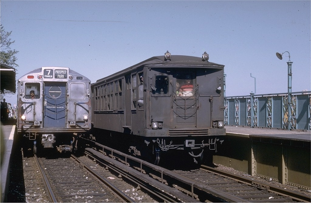 (189k, 1024x668)<br><b>Country:</b> United States<br><b>City:</b> New York<br><b>System:</b> New York City Transit<br><b>Line:</b> BMT Franklin Shuttle<br><b>Location:</b> Dean Street<br><b>Route:</b> Fan Trip<br><b>Car:</b> BMT Q 1616 <br><b>Photo by:</b> Joe Testagrose<br><b>Date:</b> 10/4/1969<br><b>Viewed (this week/total):</b> 1 / 5311