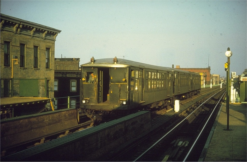 (177k, 1024x672)<br><b>Country:</b> United States<br><b>City:</b> New York<br><b>System:</b> New York City Transit<br><b>Line:</b> BMT Nassau Street/Jamaica Line<br><b>Location:</b> Kosciuszko Street <br><b>Car:</b> BMT Q 1617 <br><b>Photo by:</b> Joe Testagrose<br><b>Date:</b> 7/1963<br><b>Viewed (this week/total):</b> 2 / 3689