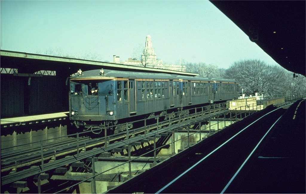 (178k, 1024x649)<br><b>Country:</b> United States<br><b>City:</b> New York<br><b>System:</b> New York City Transit<br><b>Line:</b> BMT Nassau Street-Jamaica Line<br><b>Location:</b> Cypress Hills<br><b>Route:</b> Fan Trip<br><b>Car:</b> BMT Q 1622 <br><b>Photo by:</b> Gerald H. Landau<br><b>Collection of:</b> Joe Testagrose<br><b>Date:</b> 2/22/1968<br><b>Viewed (this week/total):</b> 0 / 3890