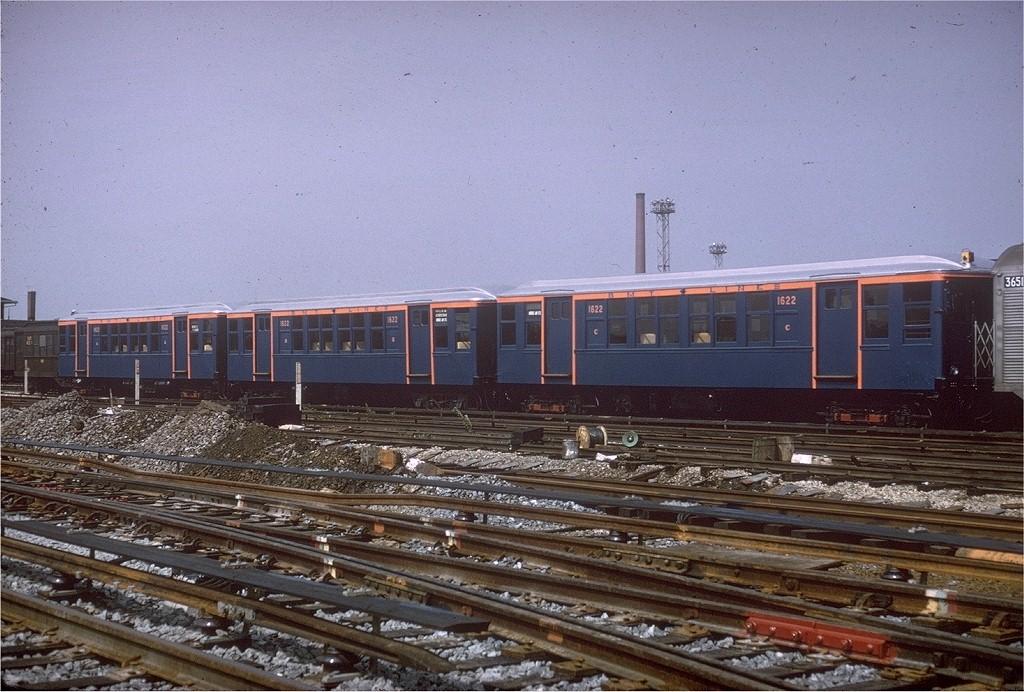(227k, 1024x692)<br><b>Country:</b> United States<br><b>City:</b> New York<br><b>System:</b> New York City Transit<br><b>Location:</b> Coney Island Yard-Museum Yard<br><b>Car:</b> BMT Q 1622 <br><b>Photo by:</b> Joe Testagrose<br><b>Date:</b> 8/7/1965<br><b>Viewed (this week/total):</b> 0 / 3568