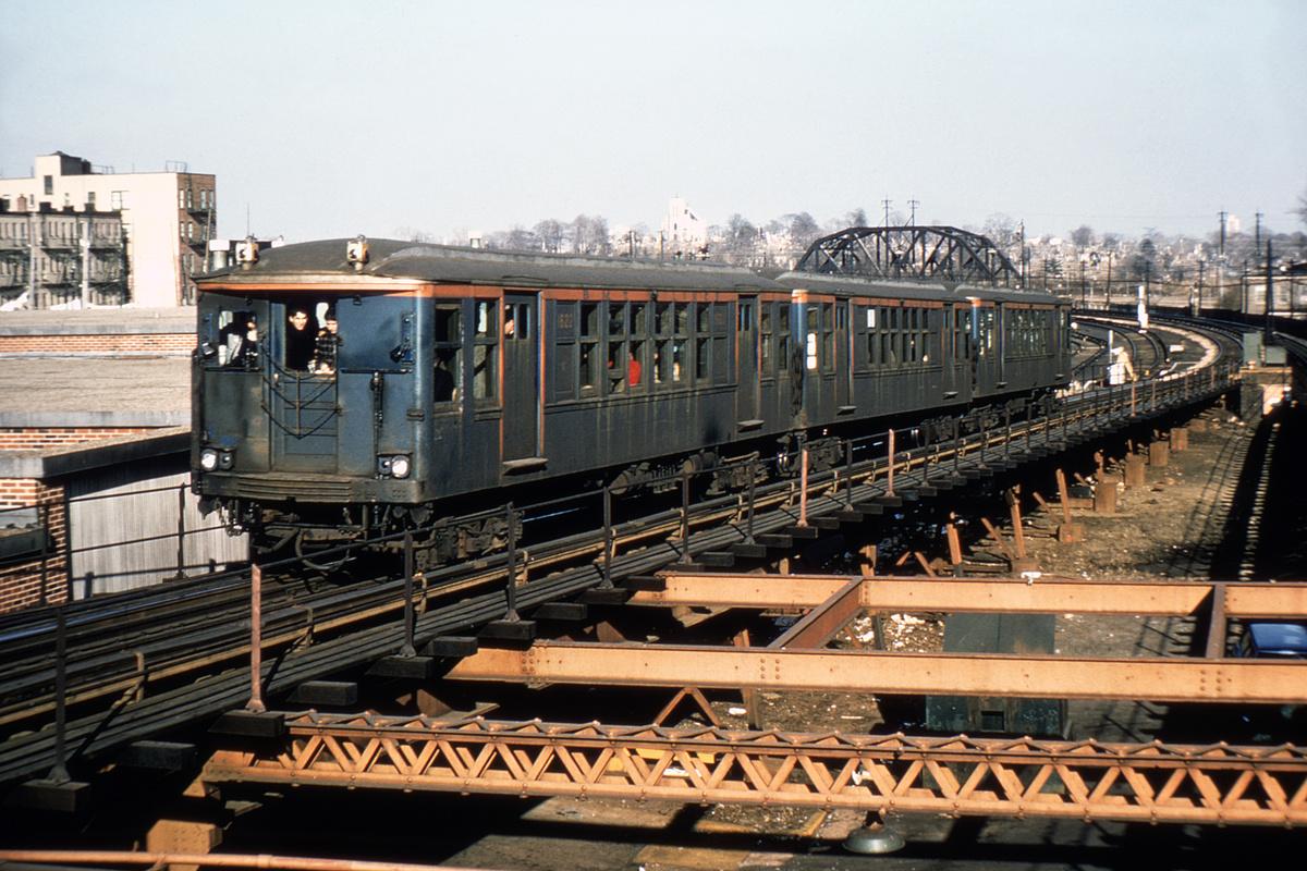 (397k, 1024x683)<br><b>Country:</b> United States<br><b>City:</b> New York<br><b>System:</b> New York City Transit<br><b>Line:</b> BMT Myrtle Avenue Line<br><b>Location:</b> Fresh Pond Road <br><b>Route:</b> Fan Trip<br><b>Car:</b> BMT Q 1622 <br><b>Photo by:</b> Joe Testagrose<br><b>Collection of:</b> David Pirmann<br><b>Date:</b> 2/22/1968<br><b>Viewed (this week/total):</b> 0 / 3573
