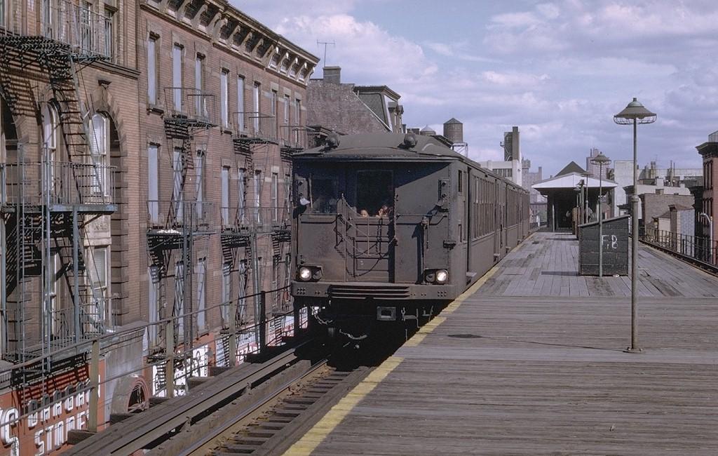 (226k, 1024x650)<br><b>Country:</b> United States<br><b>City:</b> New York<br><b>System:</b> New York City Transit<br><b>Line:</b> BMT Myrtle Avenue Line<br><b>Location:</b> Franklin Avenue<br><b>Route:</b> MJ<br><b>Car:</b> BMT Q  <br><b>Photo by:</b> Joe Testagrose<br><b>Date:</b> 9/20/1969<br><b>Viewed (this week/total):</b> 3 / 9673