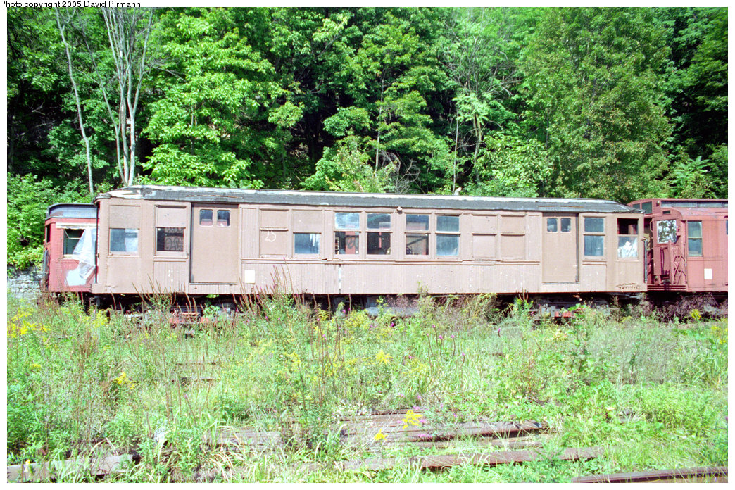 (407k, 1044x696)<br><b>Country:</b> United States<br><b>City:</b> Kingston, NY<br><b>System:</b> Trolley Museum of New York<br><b>Car:</b> BMT Q 1602 <br><b>Photo by:</b> David Pirmann<br><b>Date:</b> 9/14/1996<br><b>Viewed (this week/total):</b> 3 / 10884