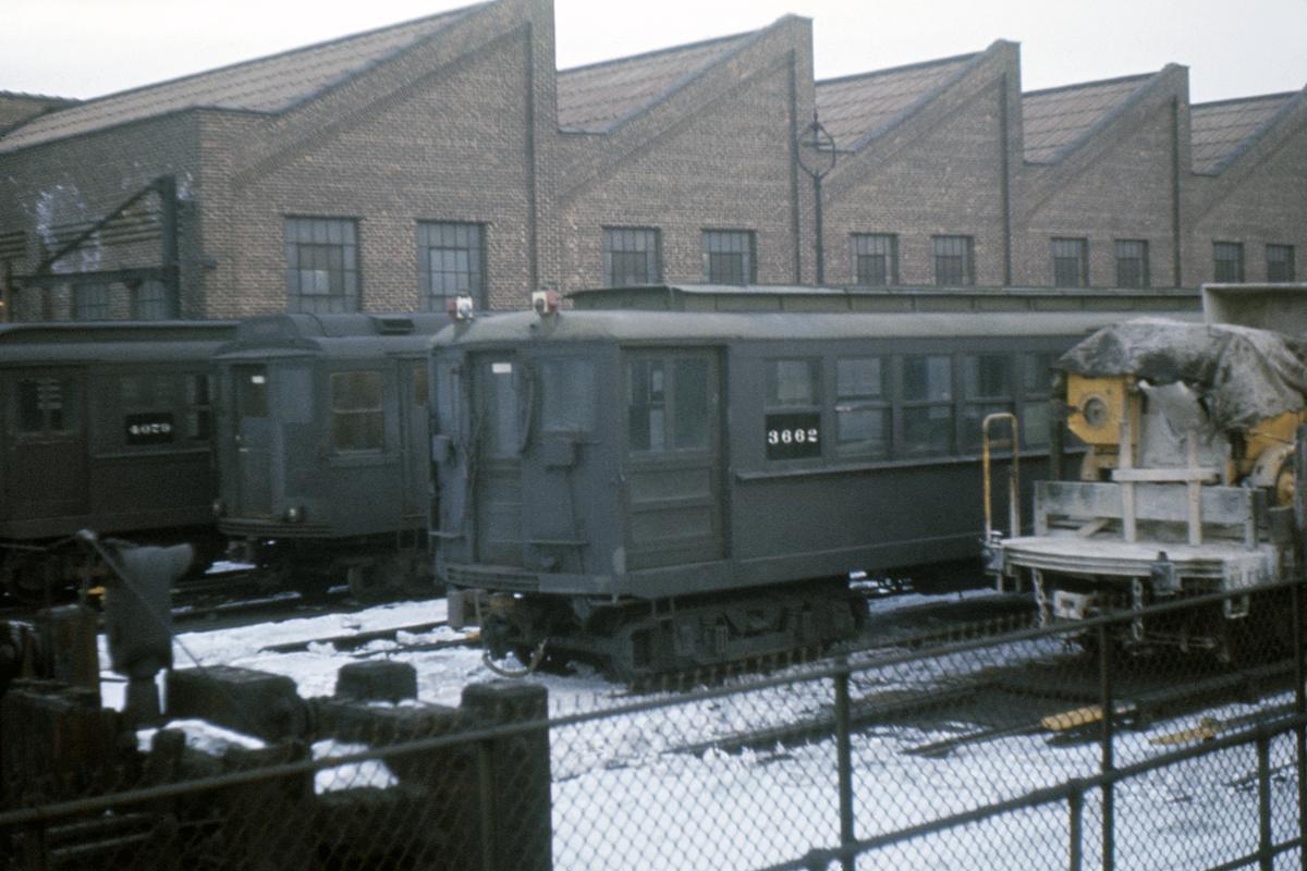 (464k, 1024x683)<br><b>Country:</b> United States<br><b>City:</b> New York<br><b>System:</b> New York City Transit<br><b>Location:</b> East 180th Street Yard<br><b>Car:</b> Hi-V 3662 <br><b>Collection of:</b> David Pirmann<br><b>Viewed (this week/total):</b> 1 / 3305