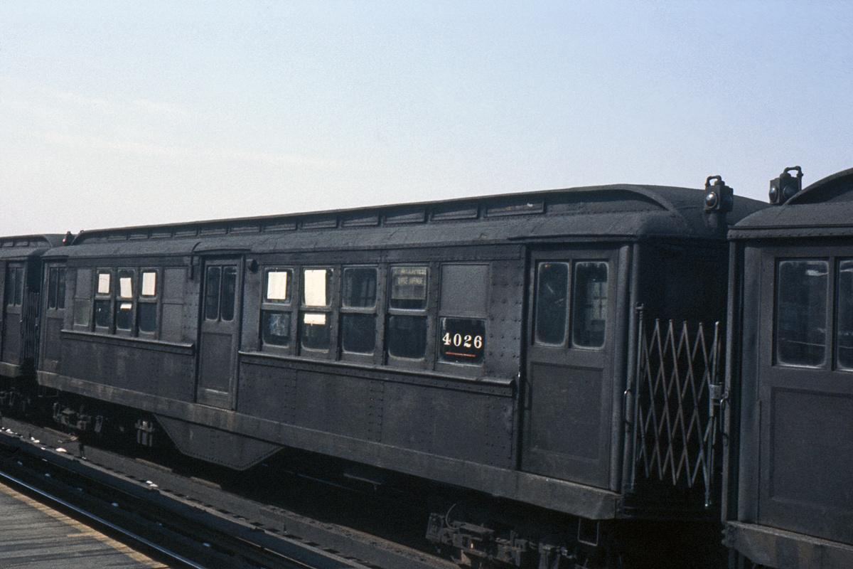 (354k, 1044x708)<br><b>Country:</b> United States<br><b>City:</b> New York<br><b>System:</b> New York City Transit<br><b>Line:</b> IRT White Plains Road Line<br><b>Location:</b> 233rd Street <br><b>Car:</b> Low-V 4026 <br><b>Collection of:</b> David Pirmann<br><b>Date:</b> 3/3/1963<br><b>Viewed (this week/total):</b> 2 / 3964