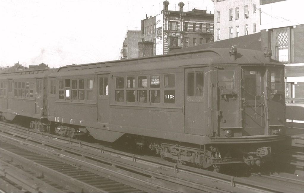 (138k, 1024x650)<br><b>Country:</b> United States<br><b>City:</b> New York<br><b>System:</b> New York City Transit<br><b>Line:</b> IRT White Plains Road Line<br><b>Location:</b> Freeman Street <br><b>Car:</b> Low-V 4158 <br><b>Photo by:</b> Harry Pinsker<br><b>Date:</b> 5/1961<br><b>Viewed (this week/total):</b> 1 / 3508