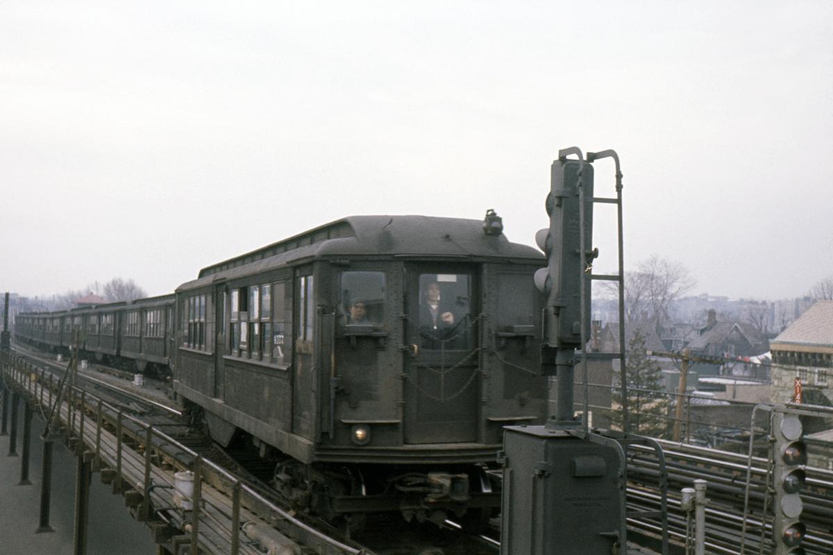 (305k, 1024x683)<br><b>Country:</b> United States<br><b>City:</b> New York<br><b>System:</b> New York City Transit<br><b>Line:</b> IRT White Plains Road Line<br><b>Location:</b> 219th Street <br><b>Car:</b> Low-V 4577 <br><b>Collection of:</b> David Pirmann<br><b>Date:</b> 3/8/1963<br><b>Viewed (this week/total):</b> 1 / 4155
