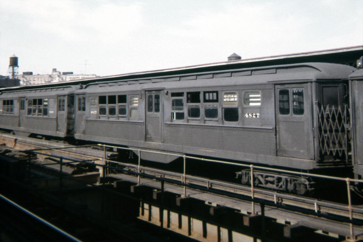 (298k, 1024x683)<br><b>Country:</b> United States<br><b>City:</b> New York<br><b>System:</b> New York City Transit<br><b>Line:</b> IRT Brooklyn Line<br><b>Location:</b> Sutter Avenue/Rutland Road <br><b>Route:</b> 3<br><b>Car:</b> Low-V 4827 <br><b>Collection of:</b> David Pirmann<br><b>Date:</b> 9/19/1963<br><b>Viewed (this week/total):</b> 0 / 7676