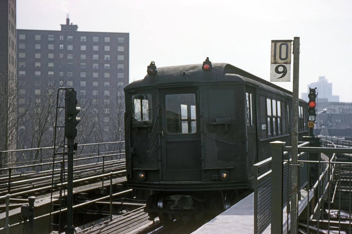 (328k, 1024x683)<br><b>Country:</b> United States<br><b>City:</b> New York<br><b>System:</b> New York City Transit<br><b>Line:</b> IRT White Plains Road Line<br><b>Location:</b> Gun Hill Road <br><b>Car:</b> Low-V 4972 <br><b>Photo by:</b> Gerald H. Landau<br><b>Collection of:</b> David Pirmann<br><b>Date:</b> 2/9/1963<br><b>Viewed (this week/total):</b> 0 / 4850