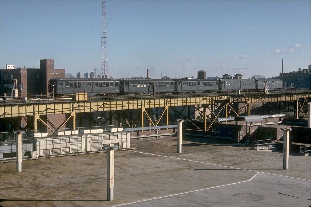 (221k, 1024x682)<br><b>Country:</b> United States<br><b>City:</b> New York<br><b>System:</b> New York City Transit<br><b>Line:</b> IRT White Plains Road Line<br><b>Location:</b> West Farms Sq./East Tremont Ave./177th St. <br><b>Route:</b> Fan Trip<br><b>Car:</b> Low-V (Museum Train) 5290 <br><b>Collection of:</b> Joe Testagrose<br><b>Date:</b> 12/11/1977<br><b>Viewed (this week/total):</b> 1 / 4365