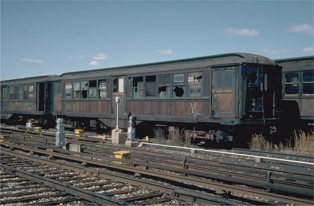 (206k, 1024x672)<br><b>Country:</b> United States<br><b>City:</b> New York<br><b>System:</b> New York City Transit<br><b>Location:</b> 207th Street Yard<br><b>Car:</b> Low-V 5291 <br><b>Collection of:</b> Joe Testagrose<br><b>Date:</b> 4/1976<br><b>Notes:</b> Work Motor 20383<br><b>Viewed (this week/total):</b> 1 / 2540