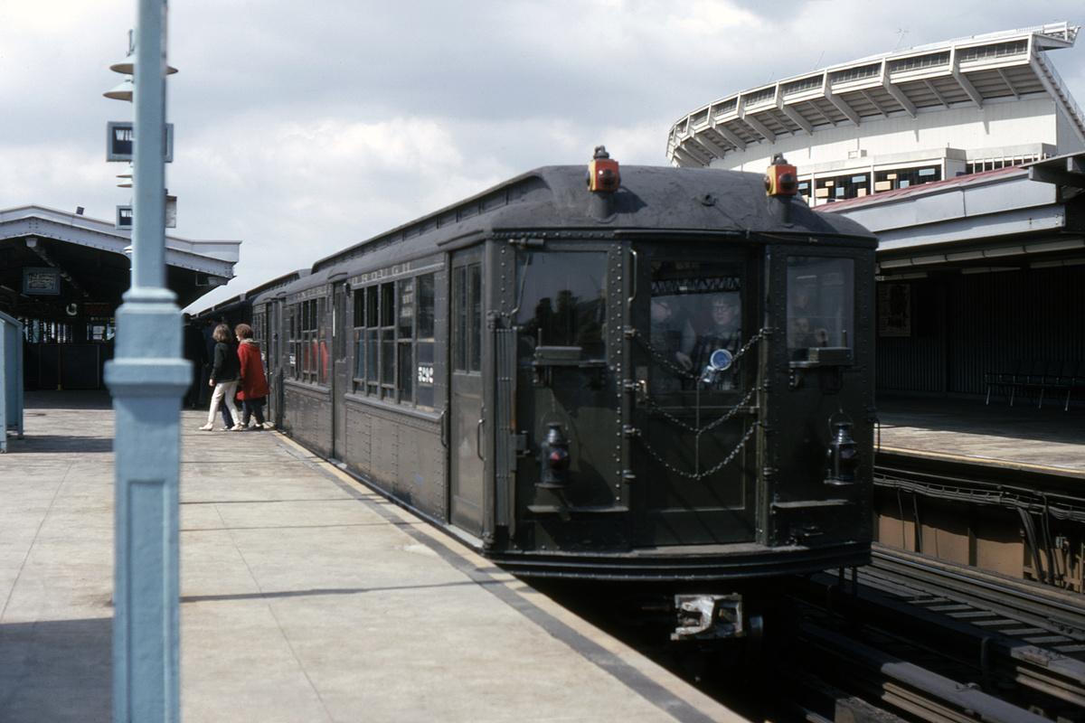 (328k, 1044x707)<br><b>Country:</b> United States<br><b>City:</b> New York<br><b>System:</b> New York City Transit<br><b>Line:</b> IRT Flushing Line<br><b>Location:</b> Willets Point/Mets (fmr. Shea Stadium) <br><b>Route:</b> Fan Trip<br><b>Car:</b> Low-V (Museum Train) 5292 <br><b>Collection of:</b> David Pirmann<br><b>Viewed (this week/total):</b> 0 / 3757