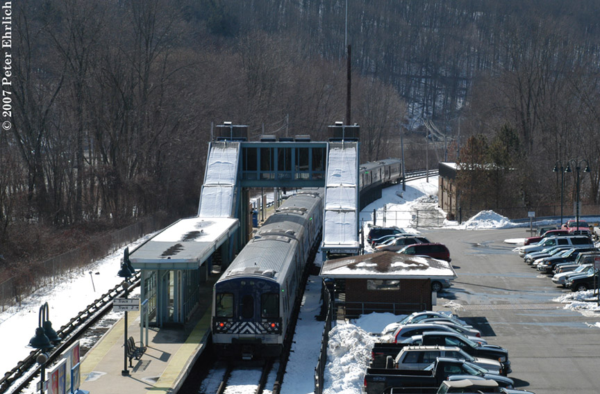 (212k, 864x567)<br><b>Country:</b> United States<br><b>System:</b> Metro-North Railroad (or Amtrak or Predecessor RR)<br><b>Line:</b> Metro North-Harlem Line<br><b>Location:</b> Purdy's <br><b>Car:</b> MNRR M-7a EMU (Bombardier) 4181 <br><b>Photo by:</b> Peter Ehrlich<br><b>Date:</b> 2/28/2007<br><b>Notes:</b> Leaving Purdys southbound.<br><b>Viewed (this week/total):</b> 0 / 1817