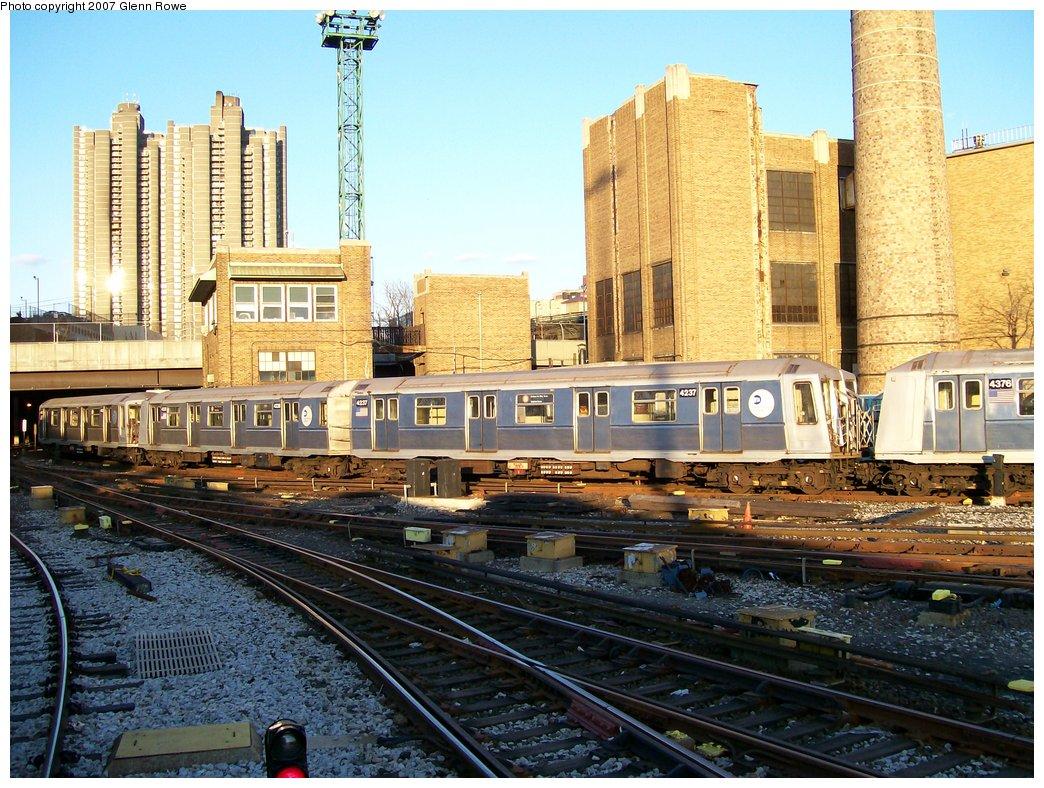 (232k, 1044x788)<br><b>Country:</b> United States<br><b>City:</b> New York<br><b>System:</b> New York City Transit<br><b>Location:</b> Concourse Yard<br><b>Car:</b> R-40 (St. Louis, 1968)  4237 <br><b>Photo by:</b> Glenn L. Rowe<br><b>Date:</b> 12/5/2006<br><b>Viewed (this week/total):</b> 2 / 2700