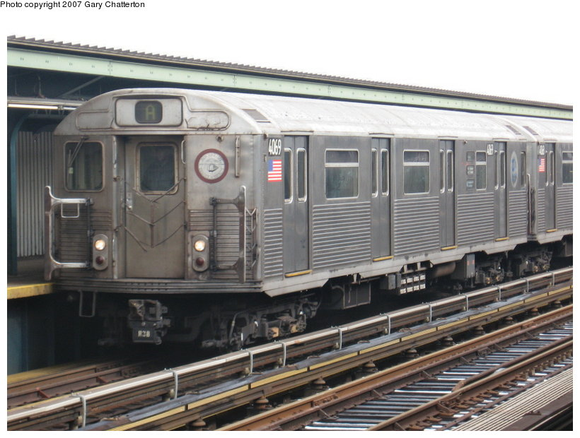 (114k, 820x620)<br><b>Country:</b> United States<br><b>City:</b> New York<br><b>System:</b> New York City Transit<br><b>Line:</b> IND Fulton Street Line<br><b>Location:</b> Rockaway Boulevard <br><b>Route:</b> A<br><b>Car:</b> R-38 (St. Louis, 1966-1967)  4069 <br><b>Photo by:</b> Gary Chatterton<br><b>Date:</b> 2/27/2007<br><b>Viewed (this week/total):</b> 2 / 1844