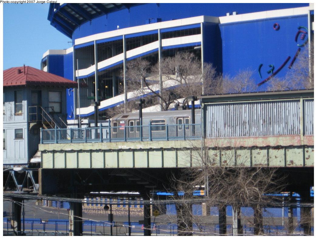 (204k, 1044x788)<br><b>Country:</b> United States<br><b>City:</b> New York<br><b>System:</b> New York City Transit<br><b>Line:</b> IRT Flushing Line<br><b>Location:</b> Willets Point/Mets (fmr. Shea Stadium) <br><b>Route:</b> 7<br><b>Car:</b> R-62A (Bombardier, 1984-1987)  1805 <br><b>Photo by:</b> Jorge Catayi<br><b>Date:</b> 2/24/2007<br><b>Viewed (this week/total):</b> 0 / 2234