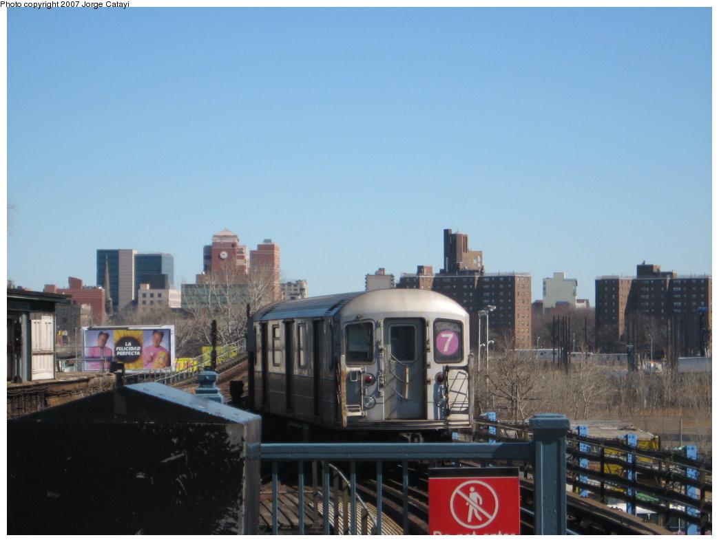 (122k, 1044x788)<br><b>Country:</b> United States<br><b>City:</b> New York<br><b>System:</b> New York City Transit<br><b>Line:</b> IRT Flushing Line<br><b>Location:</b> Willets Point/Mets (fmr. Shea Stadium) <br><b>Route:</b> 7<br><b>Car:</b> R-62A (Bombardier, 1984-1987)   <br><b>Photo by:</b> Jorge Catayi<br><b>Date:</b> 2/24/2007<br><b>Viewed (this week/total):</b> 1 / 2018
