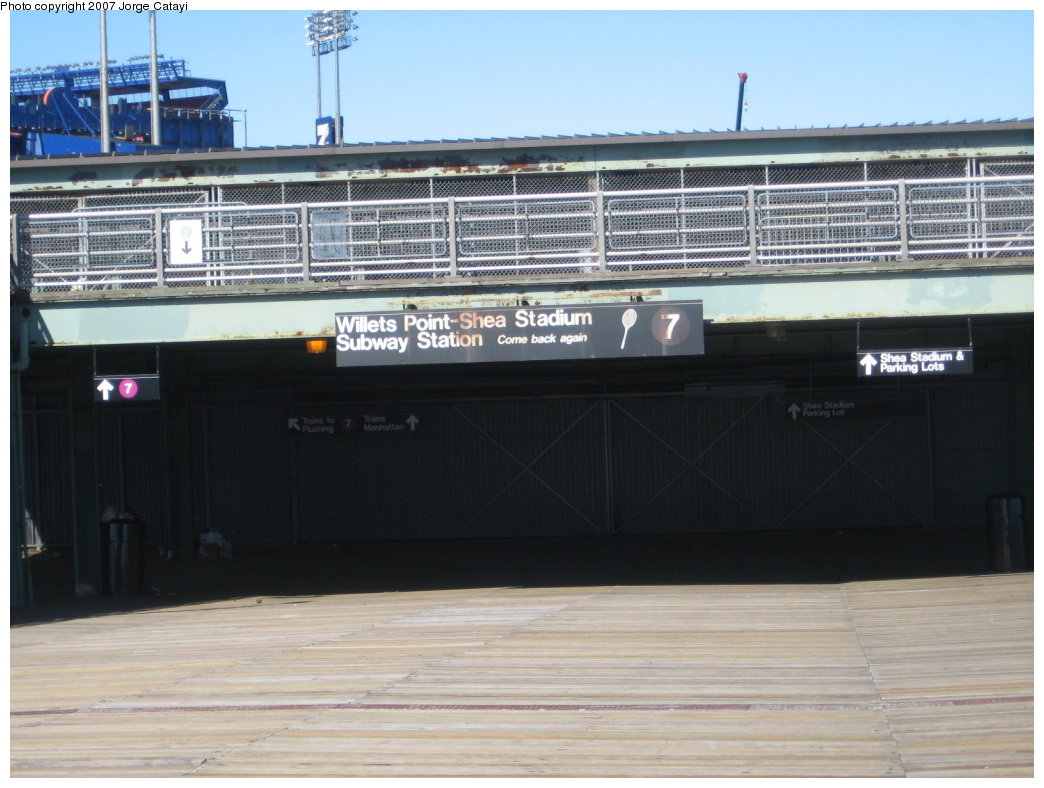 (151k, 1044x788)<br><b>Country:</b> United States<br><b>City:</b> New York<br><b>System:</b> New York City Transit<br><b>Line:</b> IRT Flushing Line<br><b>Location:</b> Willets Point/Mets (fmr. Shea Stadium) <br><b>Photo by:</b> Jorge Catayi<br><b>Date:</b> 2/24/2007<br><b>Notes:</b> South station entrance.<br><b>Viewed (this week/total):</b> 1 / 1901