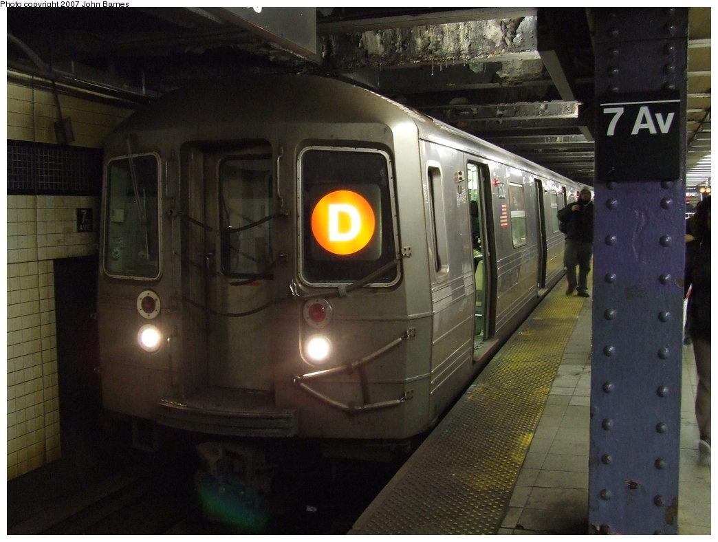 (153k, 1044x788)<br><b>Country:</b> United States<br><b>City:</b> New York<br><b>System:</b> New York City Transit<br><b>Line:</b> IND Queens Boulevard Line<br><b>Location:</b> 7th Avenue/53rd Street <br><b>Route:</b> D<br><b>Car:</b> R-68 (Westinghouse-Amrail, 1986-1988)  2606 <br><b>Photo by:</b> John Barnes<br><b>Date:</b> 3/7/2007<br><b>Viewed (this week/total):</b> 4 / 3278