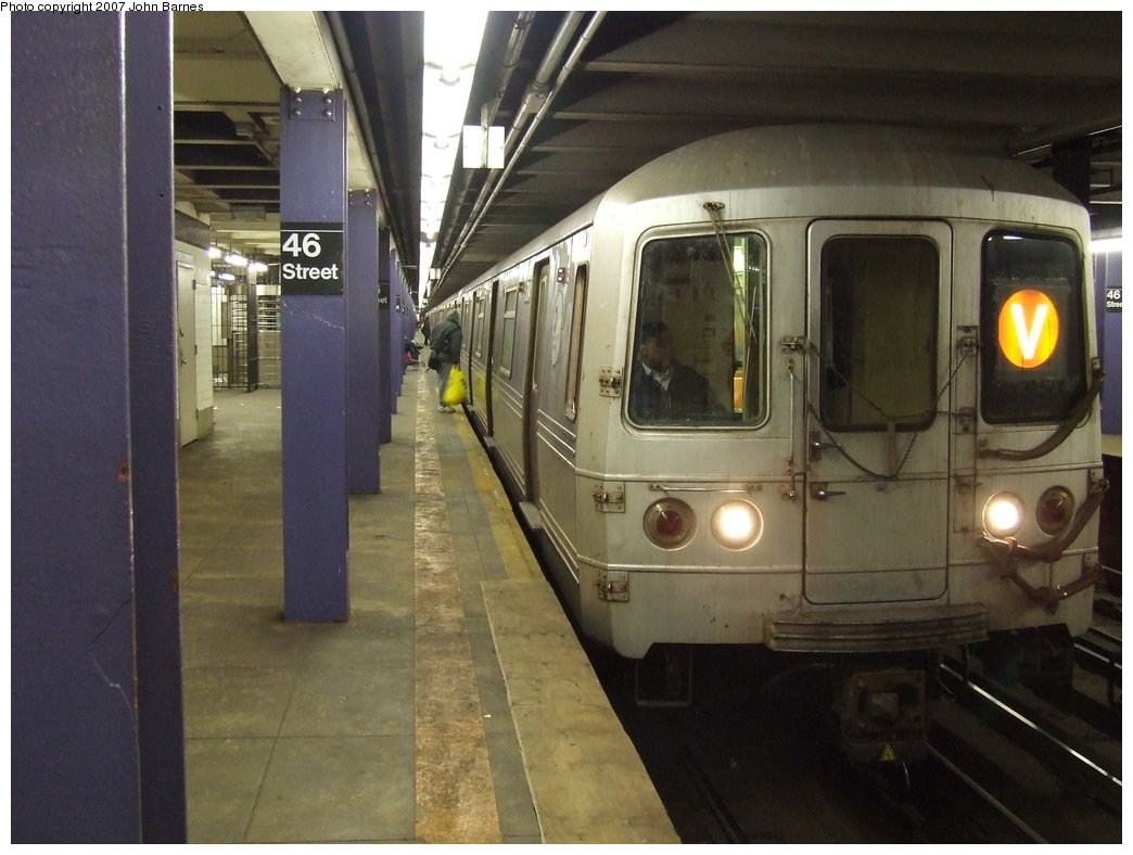 (155k, 1044x788)<br><b>Country:</b> United States<br><b>City:</b> New York<br><b>System:</b> New York City Transit<br><b>Line:</b> IND Queens Boulevard Line<br><b>Location:</b> 46th Street <br><b>Route:</b> V<br><b>Car:</b> R-46 (Pullman-Standard, 1974-75) 5784 <br><b>Photo by:</b> John Barnes<br><b>Date:</b> 3/7/2007<br><b>Viewed (this week/total):</b> 0 / 3828