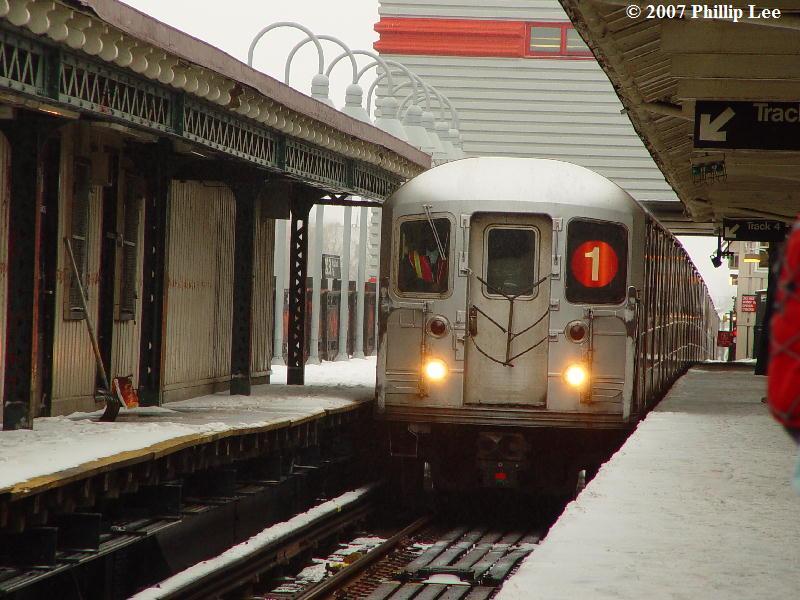 (91k, 800x600)<br><b>Country:</b> United States<br><b>City:</b> New York<br><b>System:</b> New York City Transit<br><b>Line:</b> IRT West Side Line<br><b>Location:</b> 242nd Street/Van Cortlandt Park <br><b>Route:</b> 1<br><b>Car:</b> R-62A (Bombardier, 1984-1987)   <br><b>Photo by:</b> Phillip Lee<br><b>Date:</b> 2/14/2007<br><b>Viewed (this week/total):</b> 2 / 4666