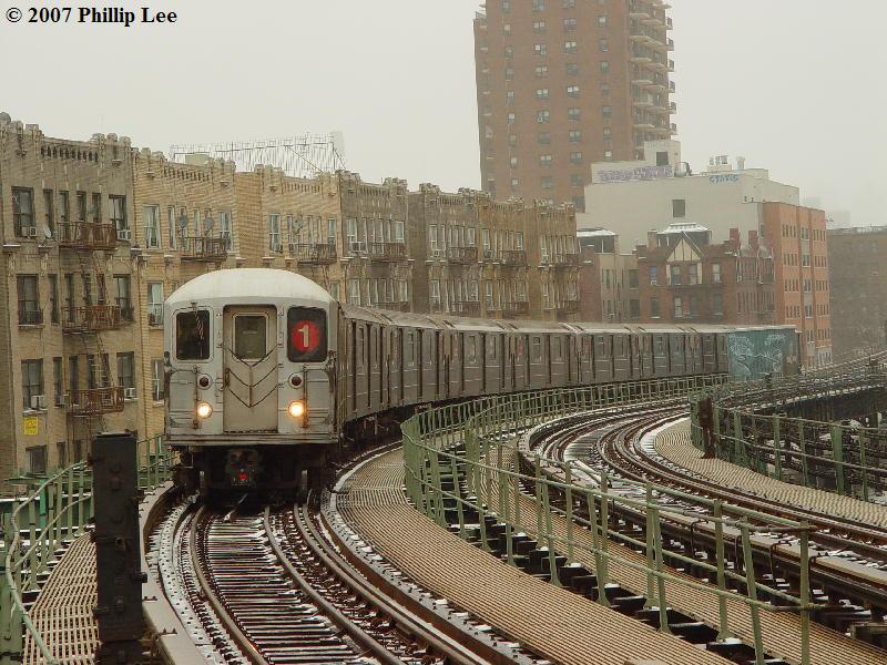 (118k, 800x600)<br><b>Country:</b> United States<br><b>City:</b> New York<br><b>System:</b> New York City Transit<br><b>Line:</b> IRT West Side Line<br><b>Location:</b> Dyckman Street <br><b>Route:</b> 1<br><b>Car:</b> R-62A (Bombardier, 1984-1987)   <br><b>Photo by:</b> Phillip Lee<br><b>Date:</b> 2/14/2007<br><b>Viewed (this week/total):</b> 0 / 1869