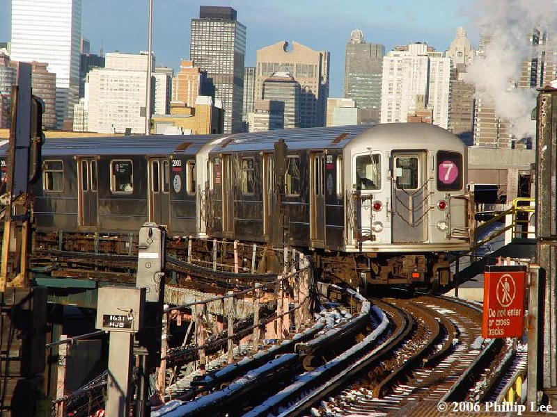 (142k, 800x600)<br><b>Country:</b> United States<br><b>City:</b> New York<br><b>System:</b> New York City Transit<br><b>Line:</b> IRT Flushing Line<br><b>Location:</b> Queensborough Plaza <br><b>Route:</b> 7<br><b>Car:</b> R-62A (Bombardier, 1984-1987)   <br><b>Photo by:</b> Phillip Lee<br><b>Date:</b> 1/16/2006<br><b>Viewed (this week/total):</b> 3 / 2120