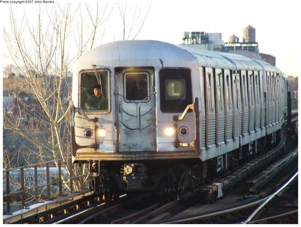 (185k, 1044x788)<br><b>Country:</b> United States<br><b>City:</b> New York<br><b>System:</b> New York City Transit<br><b>Line:</b> BMT Canarsie Line<br><b>Location:</b> Livonia Avenue <br><b>Route:</b> L<br><b>Car:</b> R-42 (St. Louis, 1969-1970)  4804 <br><b>Photo by:</b> John Barnes<br><b>Date:</b> 3/8/2007<br><b>Viewed (this week/total):</b> 8 / 2799