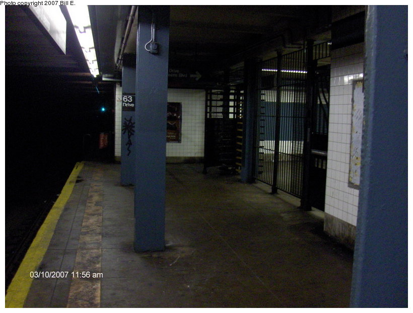 (96k, 820x622)<br><b>Country:</b> United States<br><b>City:</b> New York<br><b>System:</b> New York City Transit<br><b>Line:</b> IND Queens Boulevard Line<br><b>Location:</b> 63rd Drive/Rego Park <br><b>Photo by:</b> Bill E.<br><b>Date:</b> 3/10/2007<br><b>Notes:</b> 63rd Drive exit only gate.<br><b>Viewed (this week/total):</b> 3 / 2359
