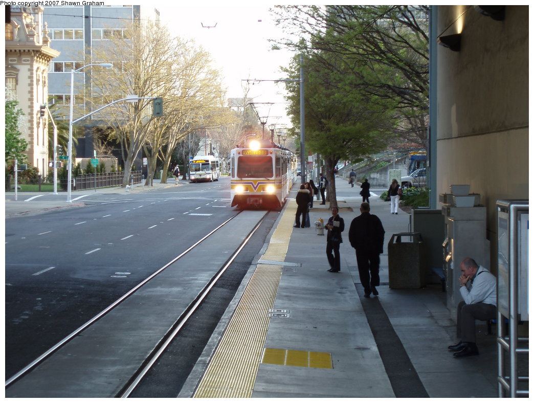 (210k, 1044x788)<br><b>Country:</b> United States<br><b>City:</b> Sacramento, CA<br><b>System:</b> SACRT Light Rail<br><b>Location:</b> 8th & Capitol <br><b>Car:</b> Sacramento Siemens LRV  129 <br><b>Photo by:</b> Shawn Graham<br><b>Date:</b> 3/8/2007<br><b>Viewed (this week/total):</b> 0 / 1392