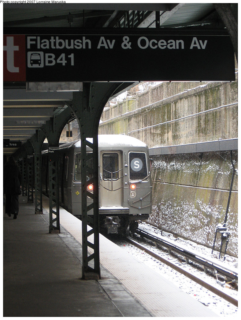 (252k, 788x1044)<br><b>Country:</b> United States<br><b>City:</b> New York<br><b>System:</b> New York City Transit<br><b>Line:</b> BMT Franklin<br><b>Location:</b> Prospect Park <br><b>Route:</b> Franklin Shuttle<br><b>Car:</b> R-68 (Westinghouse-Amrail, 1986-1988)   <br><b>Photo by:</b> Lorraine Maruska<br><b>Date:</b> 3/6/2007<br><b>Viewed (this week/total):</b> 4 / 3209