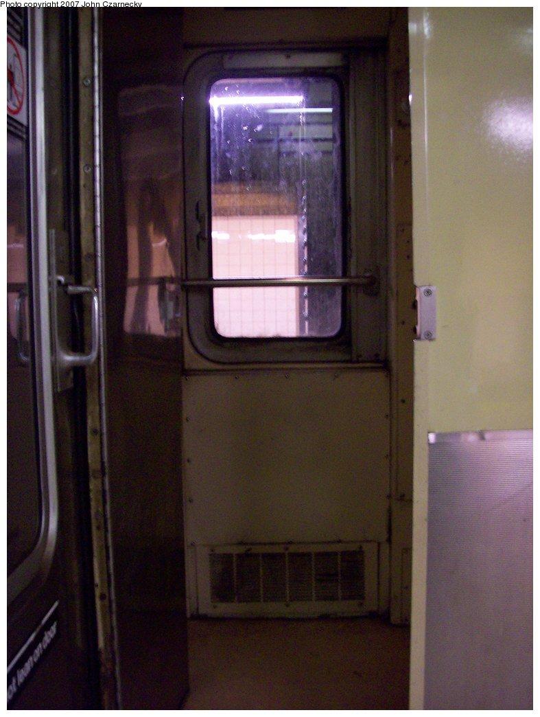 (136k, 787x1044)<br><b>Country:</b> United States<br><b>City:</b> New York<br><b>System:</b> New York City Transit<br><b>Car:</b> R-40 (St. Louis, 1968)  Interior <br><b>Photo by:</b> John Czarnecky<br><b>Date:</b> 2/21/2007<br><b>Notes:</b> Conductor's cab.<br><b>Viewed (this week/total):</b> 0 / 2831