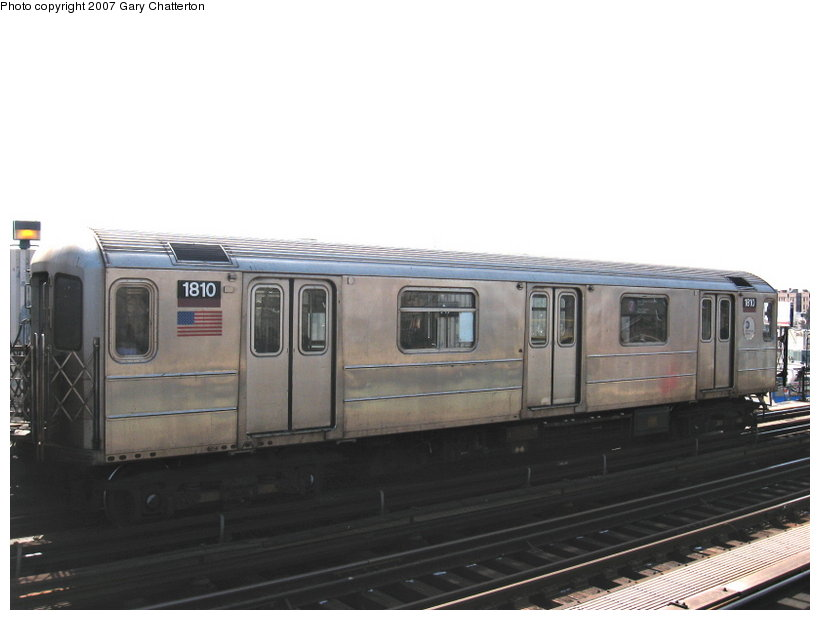(71k, 820x620)<br><b>Country:</b> United States<br><b>City:</b> New York<br><b>System:</b> New York City Transit<br><b>Line:</b> IRT Flushing Line<br><b>Location:</b> 52nd Street/Lincoln Avenue <br><b>Route:</b> 7<br><b>Car:</b> R-62A (Bombardier, 1984-1987)  1810 <br><b>Photo by:</b> Gary Chatterton<br><b>Date:</b> 3/9/2007<br><b>Viewed (this week/total):</b> 0 / 1718